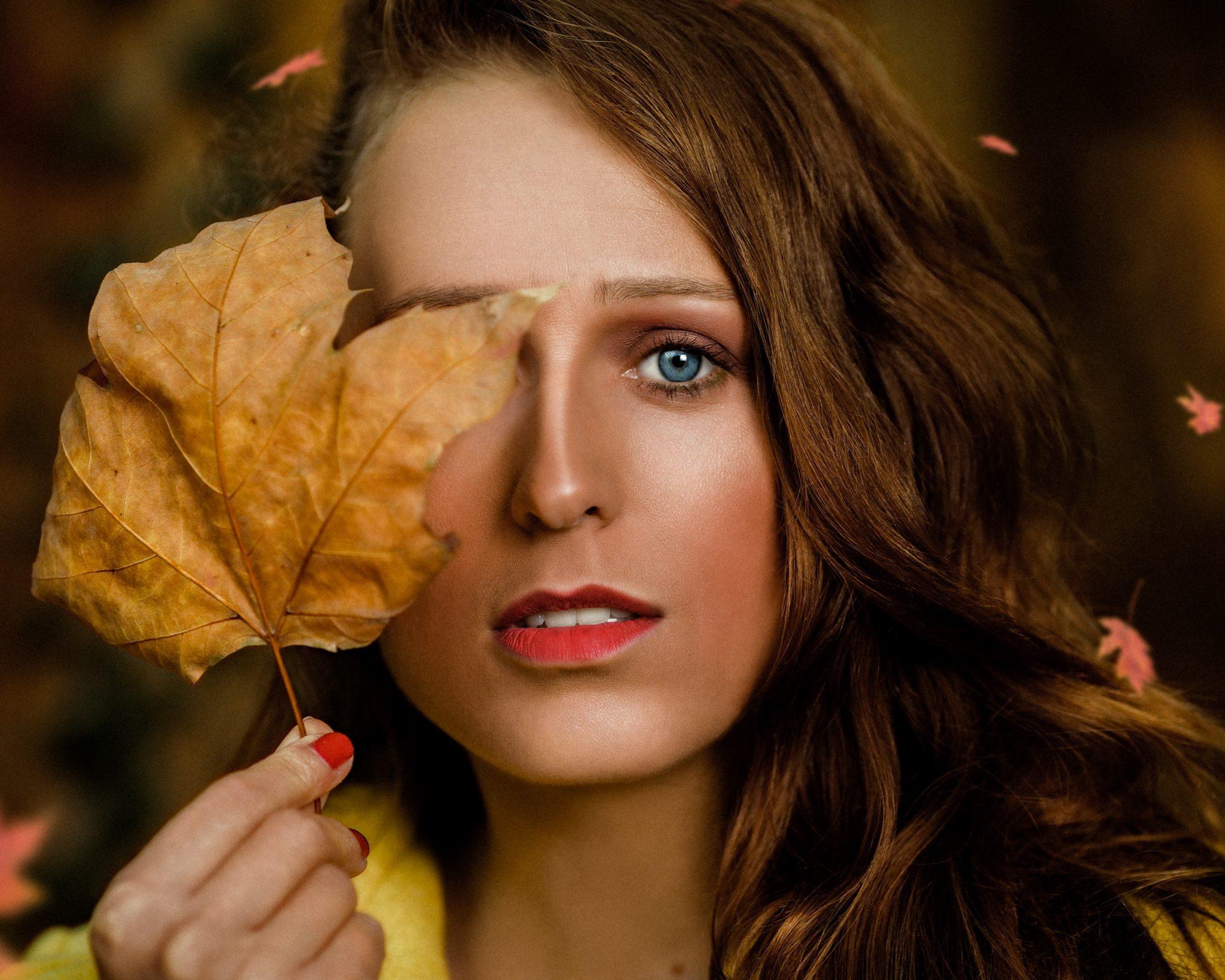 Le 10 10 2020 Séance automne avec Hédia  Lieu: Pavillon de Chasse du Roi René à Gardanne  PHOTOGRAPHE     | Christian Jaegy @digitregards MUSE                  | Hédia Roz   @hedia_roz